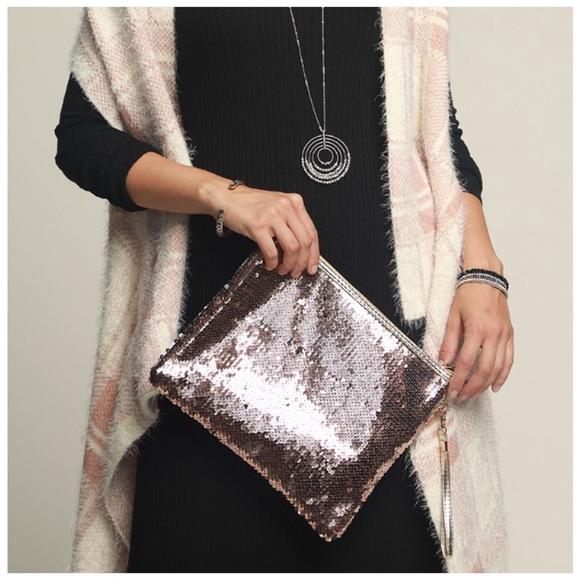 Posh Mishmosh Handbags - 2 Way Sequin Color Changing Clutch Rosegold Silver